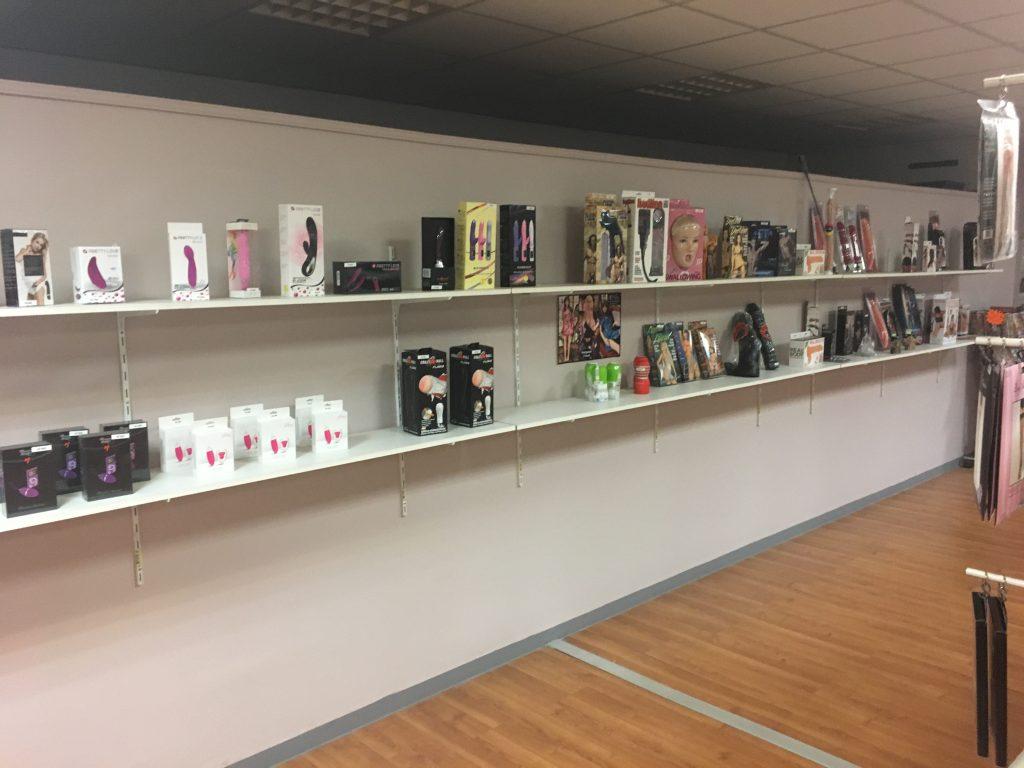 sex-shop-chambery-avis-cabine-video-cinema-poprno-club-libertin